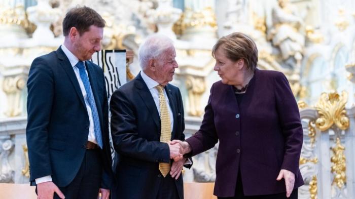 Ost- und Westdeutsche sollten einander gut zuhören