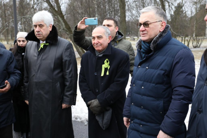 Azerbaijani delegation attends events to mark 76th anniversary of siege of Leningrad