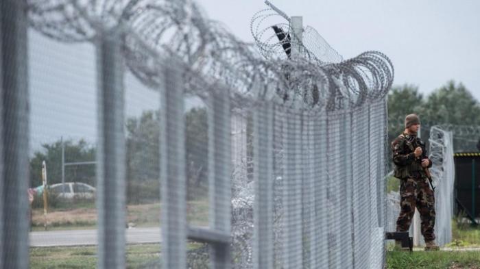 Warnschüsse auf Migranten an der Grenze