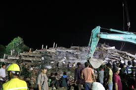 6 die, 16 injured after under-construction building collapses in SW Cambodia, rescue going on
