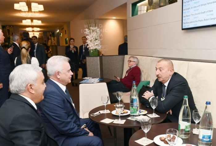 President Ilham Aliyev met with LUKOIL president in Davos