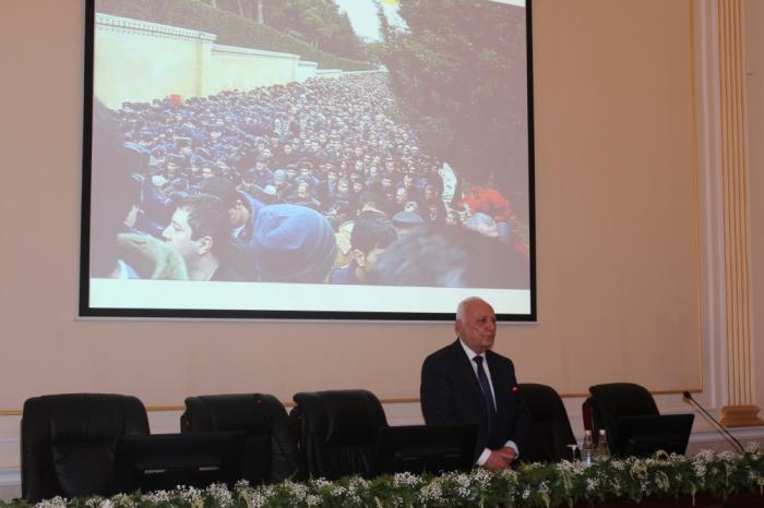 El Instituto de Historia celebró una conferencia científica sobre la tragedia del 20 de enero