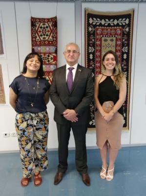 Se inauguró una exposición fotográfica dedicada a las alfombras azerbaiyanas en Brasil