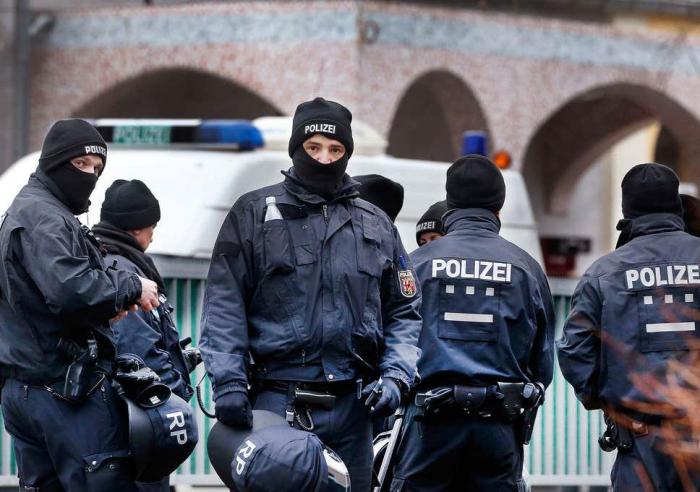 Almaniyada Azərbaycan vətəndaşları saxlanıldı