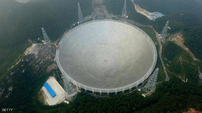 الصين تشغل التلسكوب العملاق.. قطره يعادل 30 ملعبا لكرة القدم