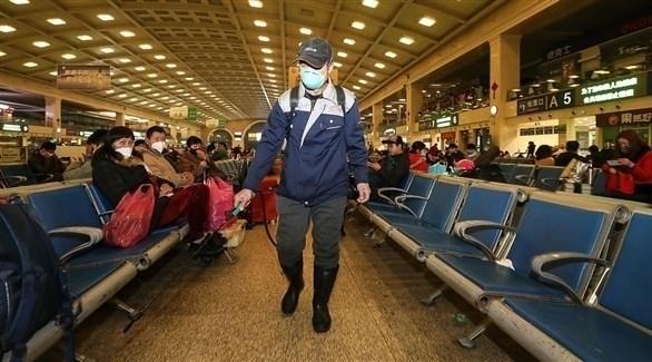 مسؤولون صينيون: الحمى ليست شرطاً للإصابة بكورونا