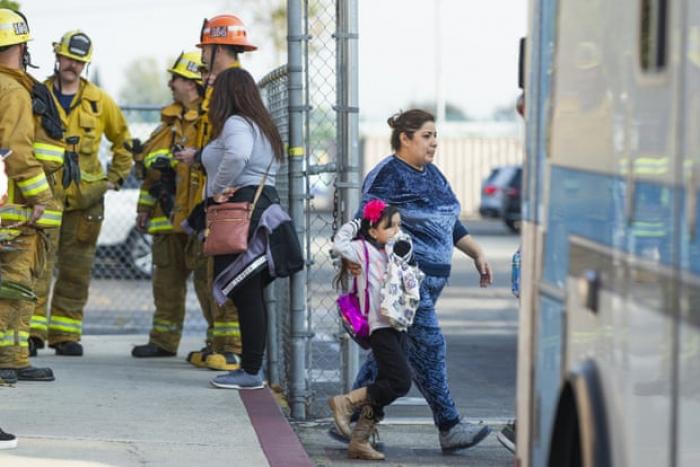 Plane dumps fuel on Los Angeles schools before emergency landing