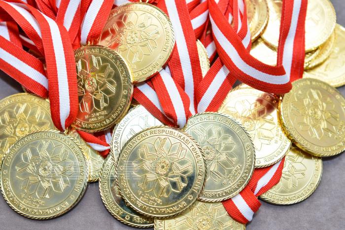 Ötən il Bakı məktəbliləri 993 medal qazanıb