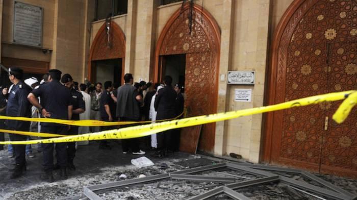 Pakistanda məsciddə partlayış: 15 ölü, 20 yaralı