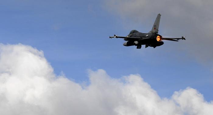 Pakistanda qırıcı qəzaya uğrayıb, pilotlar ölüb