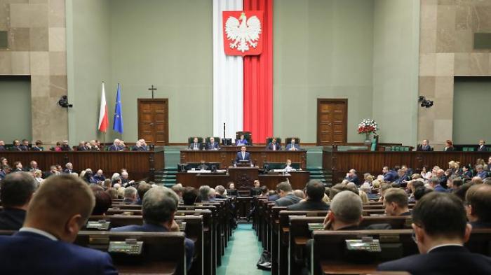 Polen will gegen kritische Richter vorgehen