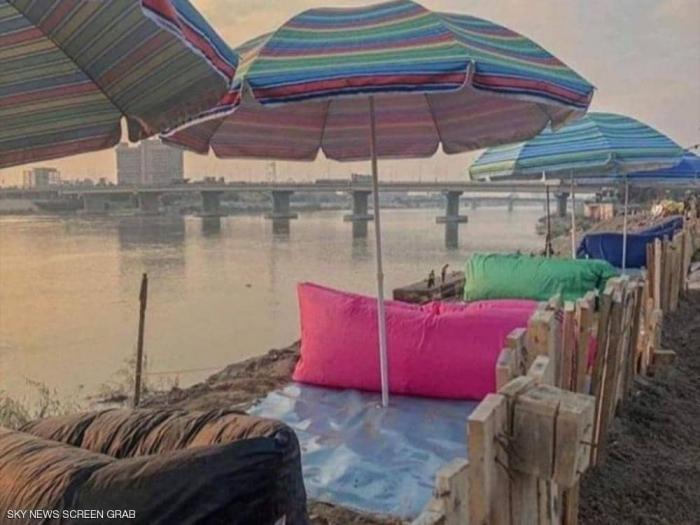 خاصبجهود ذاتية.. شباب يصنعون منتجعا على نهر دجلة