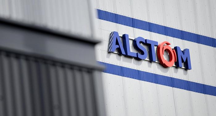 Alstom rachète la filiale ferroviaire de Bombardier pour 7 milliards d'euros
