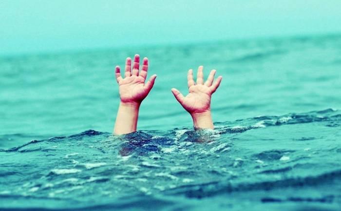 Abşeronda 64 yaşlı qadın dənizdə batıb