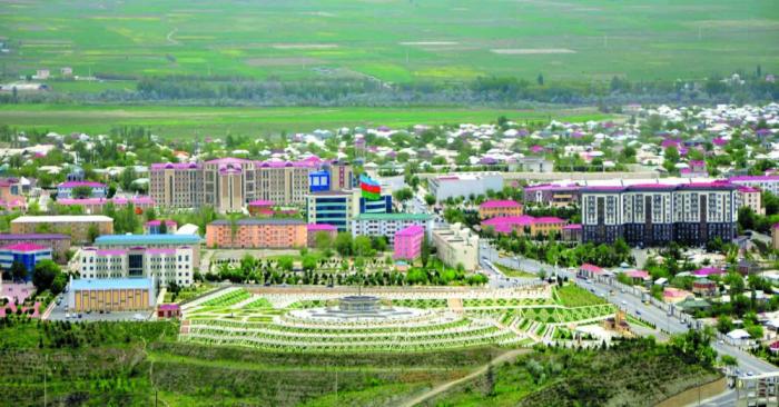 Naxçıvanda əhalinin 84 faizi özəl sektorda çalışır