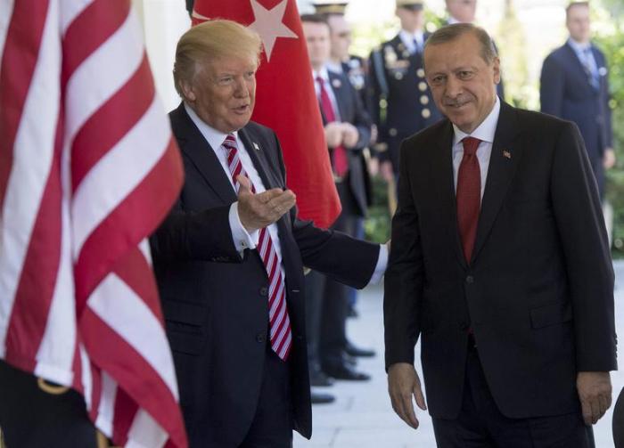 """""""Ərdoğanla yaxşı münasibətlərimiz var"""" - Tramp"""