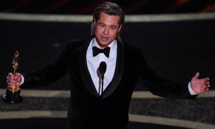"""Bred Pitt """"Oskar"""" mükafatı aldı"""