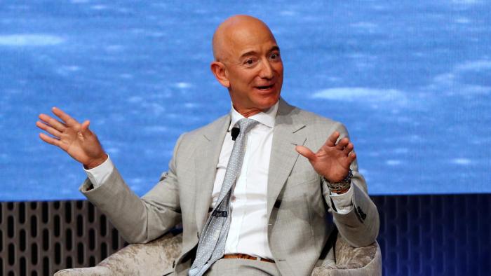Jeff Bezos vende acciones de Amazon por valor de casi 4.100 millones de dólares en 11 días, y nadie sabe por qué