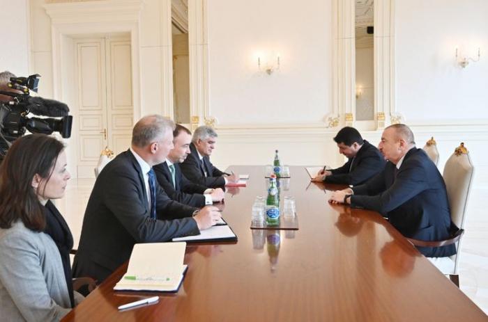 Le président Ilham Aliyev a reçu le représentant spécial de l