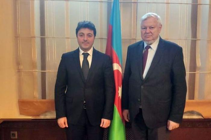 Le chef de la Communauté azerbaïdjanaise du Haut-Karabakh a rencontré Andrzej Kasprzyk