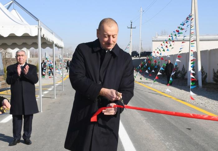 Prezident yol açılışında iştirak edib - FOTOLAR (YENİLƏNİB)