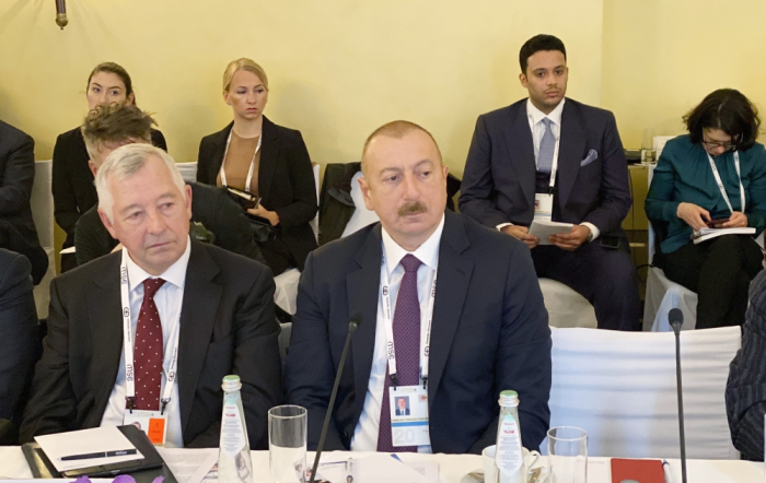 Prezident Münhendə dəyirmi masada iştirak edib - FOTOLAR (YENİLƏNİB)