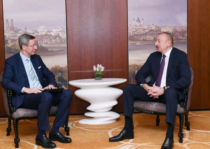 Presidente Ilham Aliyev se encuentra de visita en Alemania