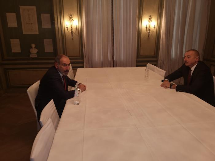 Arranca reunión entre Ilham Aliyev y Pashinián en Munich-En Vivo