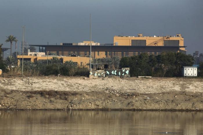Plusieurs roquettes s'abattent près de l'ambassade américaine à Bagdad