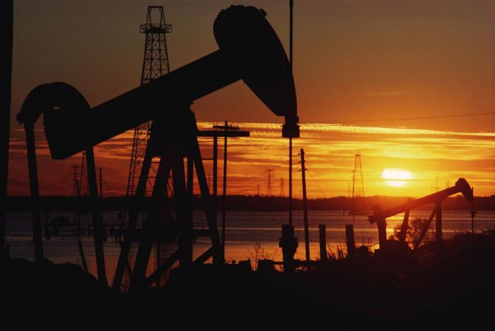 Oil prices fall as market weighs coronavirus demand impact