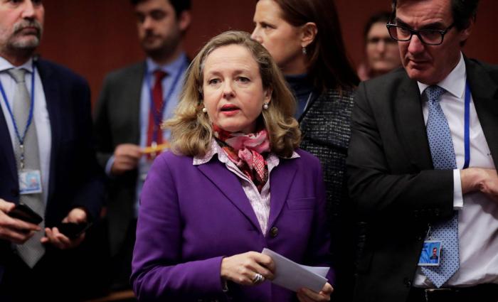 Sánchez aplaza a diciembre el cobro de la 'tasa Google' bajo la presión de EE UU