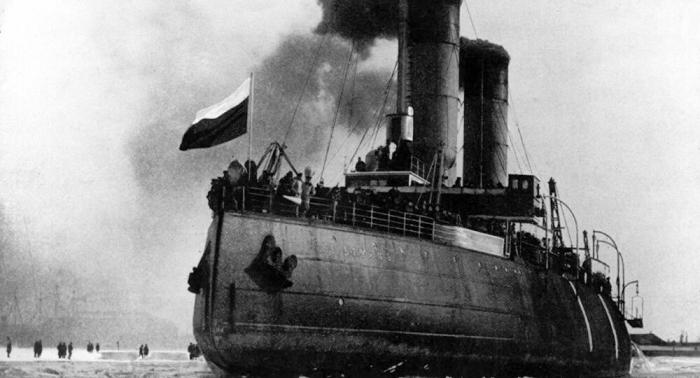 Erster Weltkrieg auf Ostsee:  Baltische Flotte rettet sich im Eismarsch vor den Deutschen