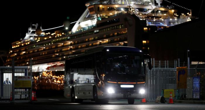 El coronavirus deja dos primeros muertos del crucero Diamond Princess anclado en Japón