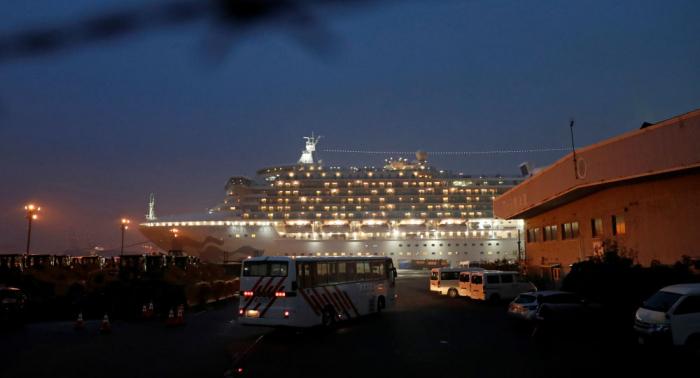 Otros dos cruceristas rusos del Diamond Princess contraen coronavirus
