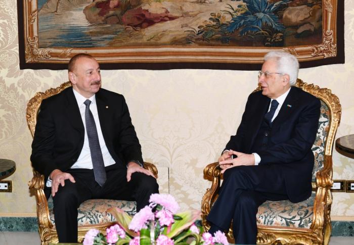 Präsidenten von Aserbaidschan und Italien halten Einzelgespräch ab