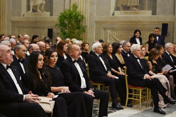 Presidentes de Azerbaiyán e Italia asisten a concierto -   FOTOS