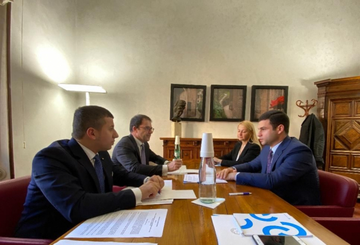 Delegación de KOBIA celebró reuniones en Italia