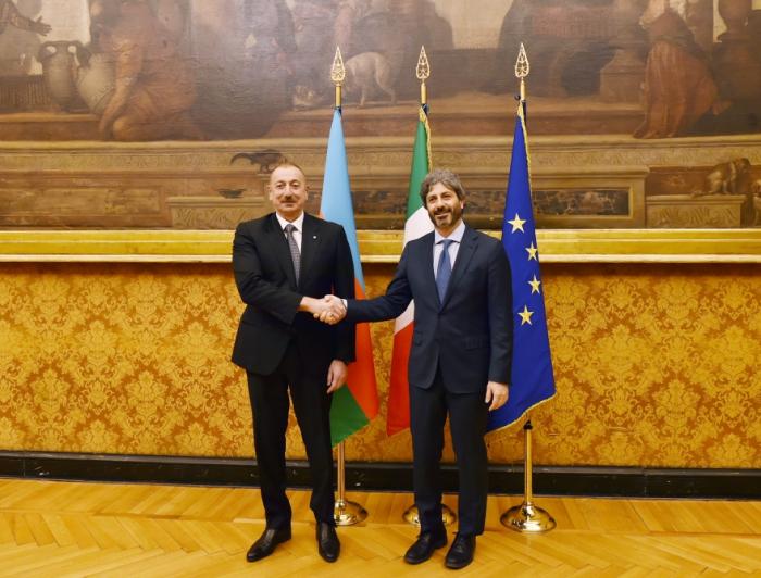 Ilham Aliyev se reúne con el presidente de la Cámara de Diputados de Italia