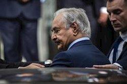 """Haftar dice que habrá alto el fuego cuando se retiren de Libia los """"mercenarios sirios y turcos"""""""