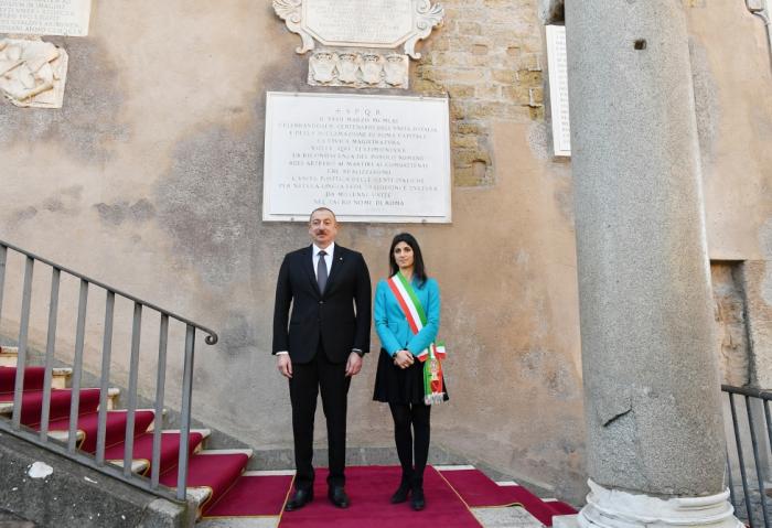 Präsident Ilham Aliyev trifft sich mit Bürgermeisterin von Rom