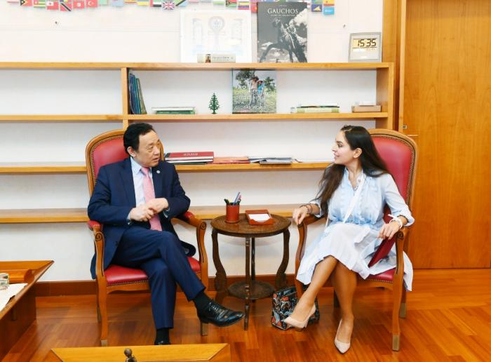 La vice-présidente de la Fondation Heydar Aliyev rencontre le nouveau directeur général de la FAO