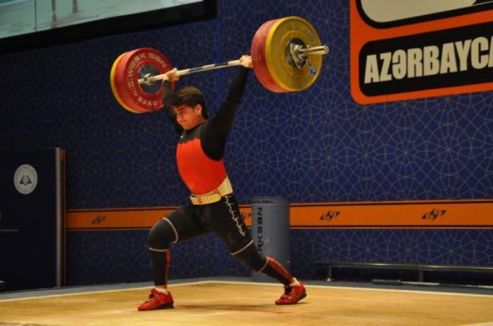 Füqan Əliyev Azərbaycan çempionu oldu