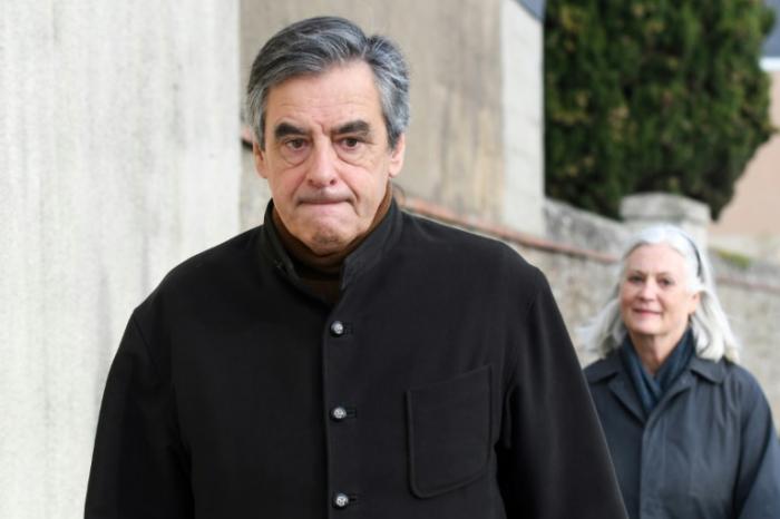 Prozess gegen früheren französischen Premierminister Fillon beginnt