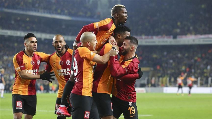 Football:   Galatasaray a vaincu Fenerbahce et sa malédiction de 20 ans