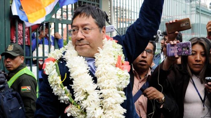 Sondeo:   Candidato de Morales ganará las elecciones en Bolivia