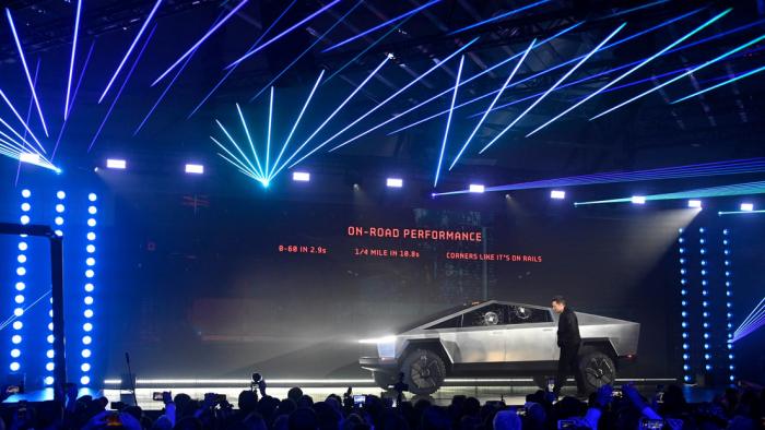Elon Musk revela más detalles sobre las funciones del Cybertruck de Tesla