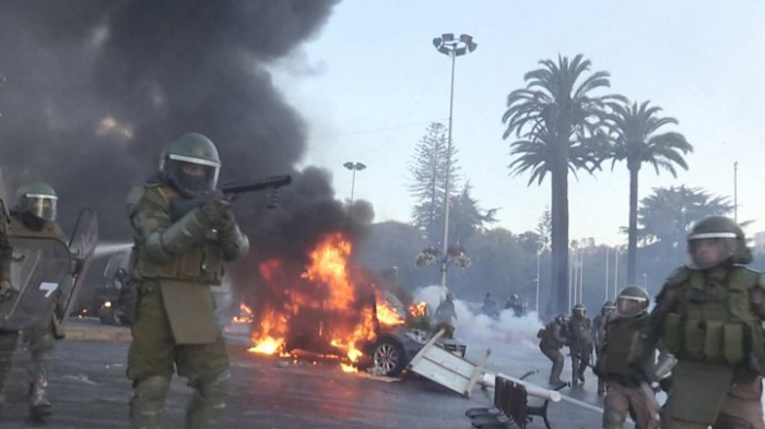Chile protesters face off against police at Viña del Mar festival -   NO COMMENT