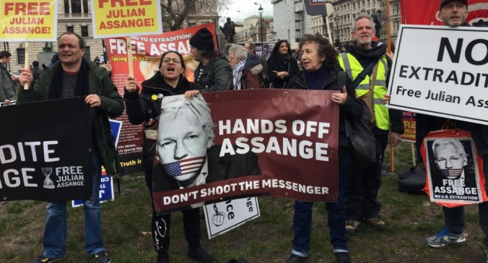 Protestan en Estados Unidos contra extradición de Assange