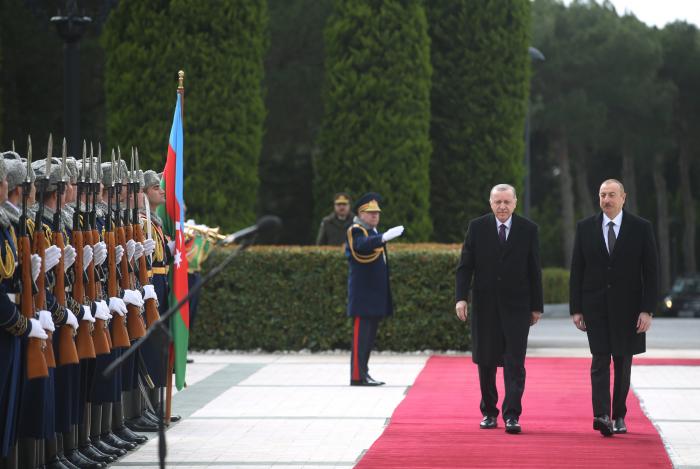 Official welcome ceremony held for Turkish President Erdogan in Baku