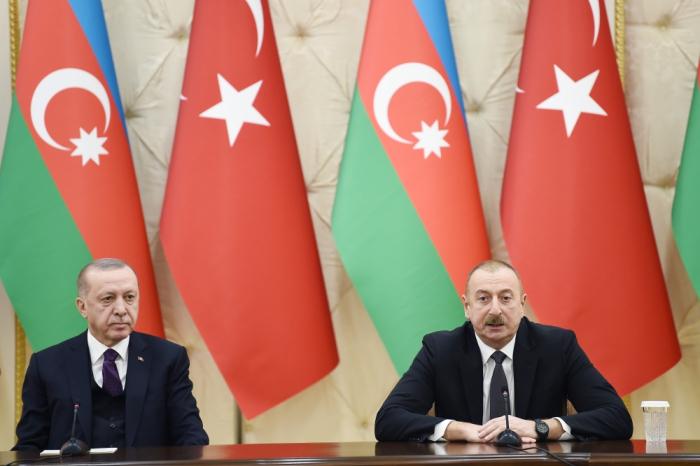 Azerbaijani, Turkish presidents make press statements